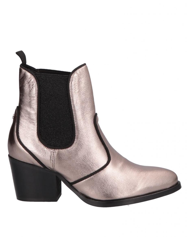 55be2671edd GUESS - Γυναικείες Μπότες-Μποτάκια - Σελίδα 1   Outfit.gr