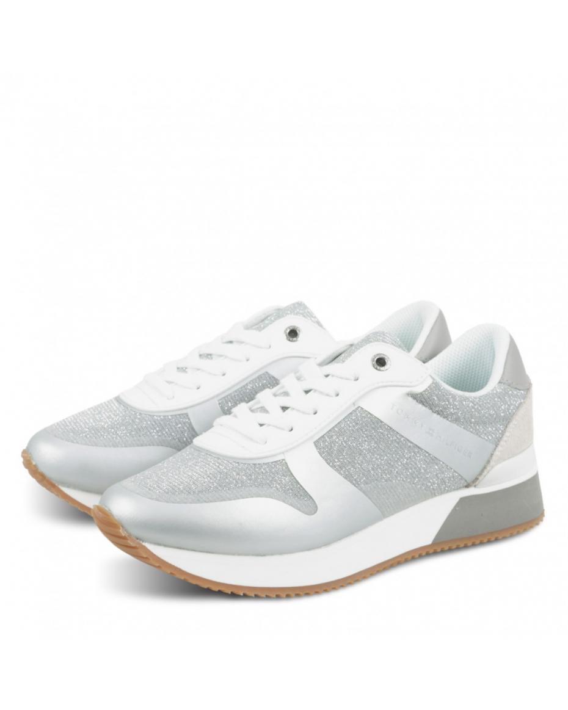 18f3bb0d202 TOMMY HILFIGER - Γυναικεία Sneakers Παπούτσια χρώματος ΑΣΗΜΙ   Outfit.gr