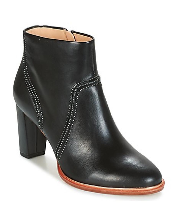 dc027dd5aa9 Clarks - Γυναικείες Μπότες-Μποτάκια | Outfit.gr